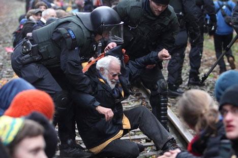 castor polizei rentner