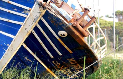lampeduza boat