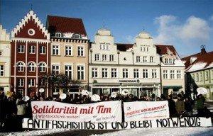Festgehalten: Solidarität mit Tim!