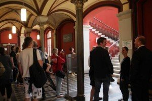 Blankrotterklärung mit Ansage: Erotikkalender soll Greifswalder Uni retten