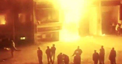 Screenshot einer Doku über das Pogrom in Rostock-Lichtenhagen