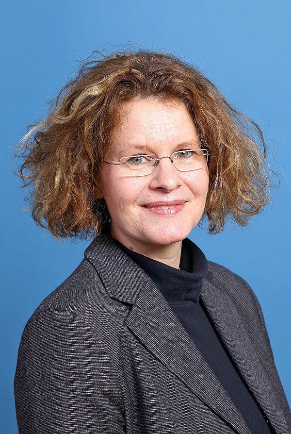 <b>...</b> auf <b>ihren Sitz</b> in der Greifswalder Bürgerschaft und gibt ihr Mandat ab. - mechthild-thonack-cdu-greifswald