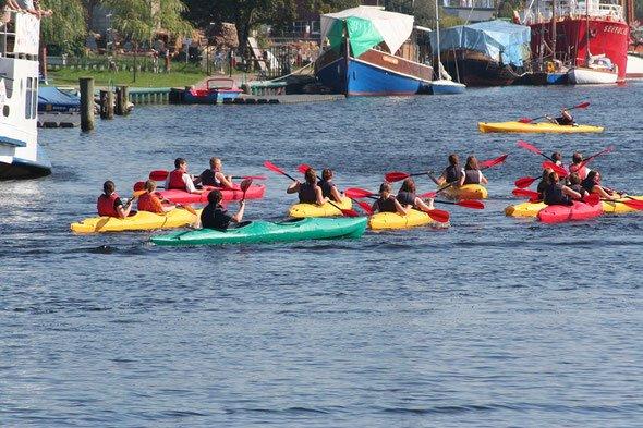 Wassersportler auf dem Ryck