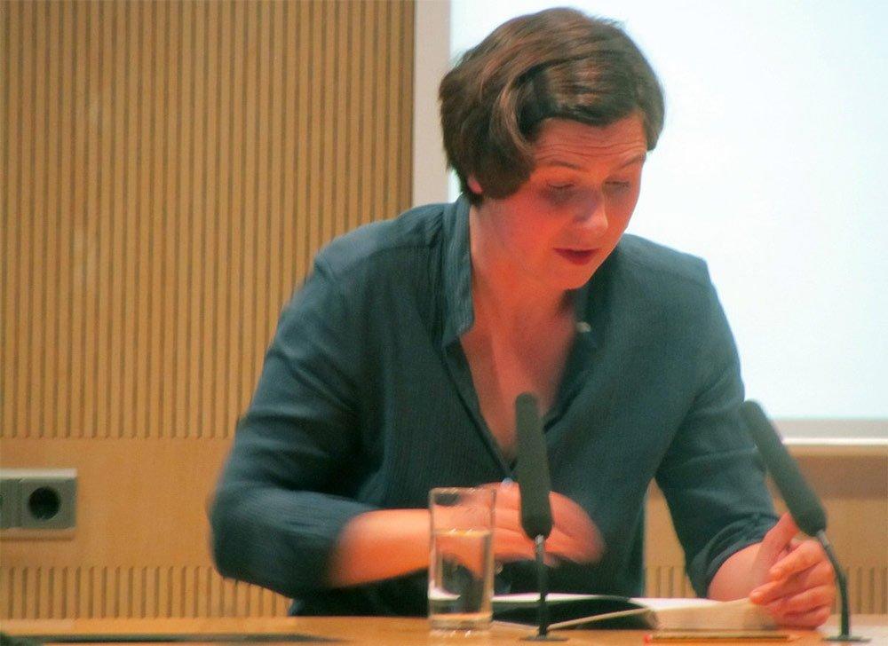 Judith Schalansky bei einer Lesung in Greifswald