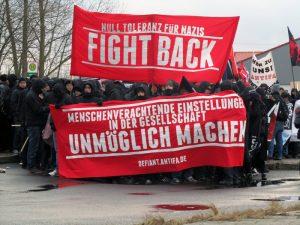 Auf einem guten Weg: Mehr als 900 Menschen demonstrierten friedlich gegen Neonazis