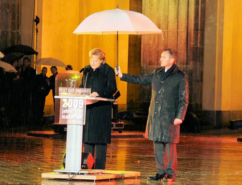 Die größte Party der Geschichte für Angela Merkel (CDU)