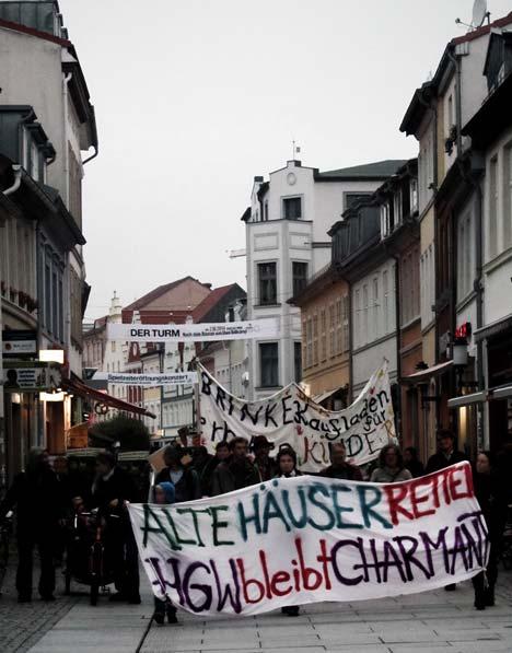 """Zur Demonstration aufgerufen hatte die Initiative """"Brinke 16-17 erhalten"""","""