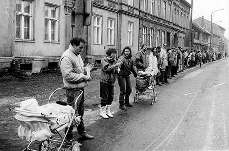 Menschenkette Gützkower Straße, Dezember 1989