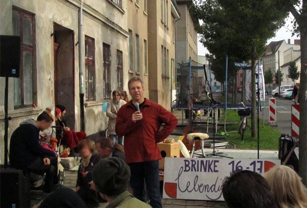 OB-Kandidat Stefan Fassbinder (Die Grünen) während seines Redebeitrags