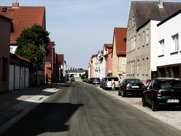 Zwischen Gützkower Straße und Wachsmann-Straße sind sie dagegen fast abgeschlossen.