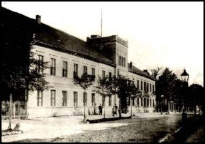 Die Geschichte des Gesellschaftshauses Stralsunder Straße 10/11